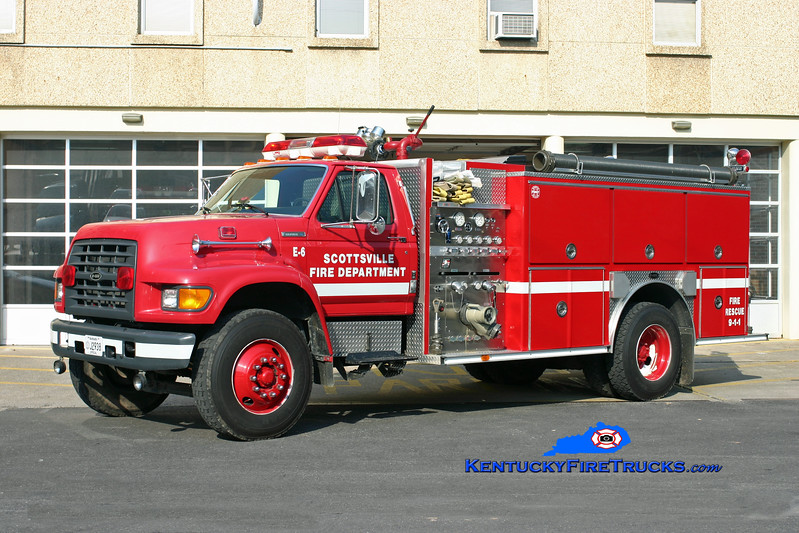 <center> Scottsville  Engine 6 <br> 1996 Ford F-750/E-One 1250/1000 <br> Kent Parrish photo </center>