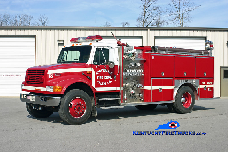 <center> Scottsville-Allen County  Engine 2 <br> 1992 International 4900/E-One 1250/1000 <br> Kent Parrish photo </center>