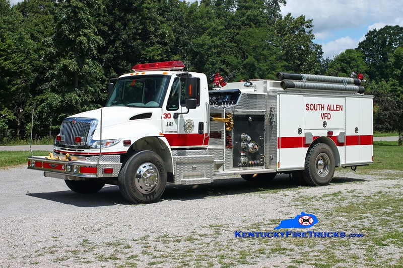 <center> South Allen  Engine 30 <br> 2006 International 4400/Pierce 1250/1000/30 <br> Kent Parrish photo <br> </center>