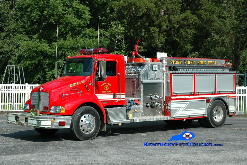 <center> Stony Point  Engine 70 <br> 2004 Kenworth T-300/Deep South 1500/1500 <br> Greg Stapleton photo </center>
