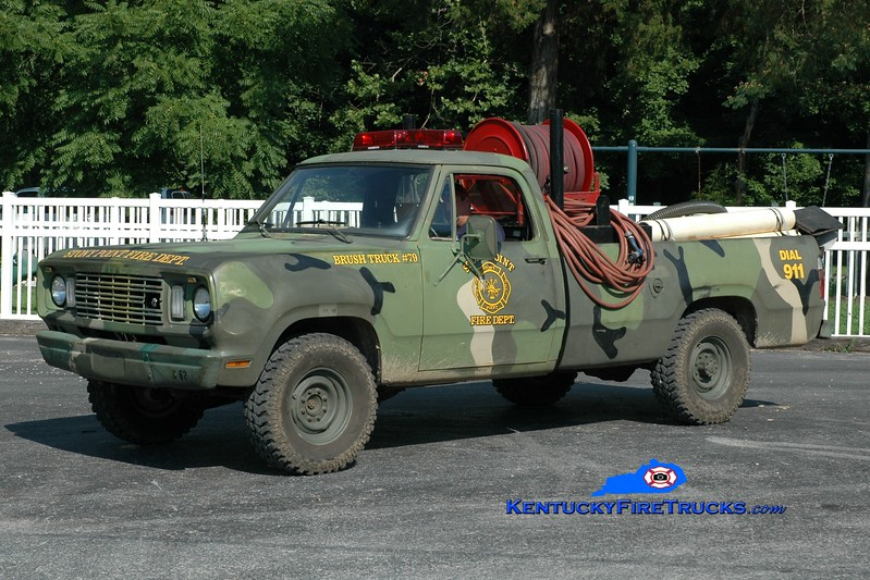<center> Stony Point  Brush 79 <br> x-US Army <br> 1976 Dodge M880 4x4/SPFD 50/200 <br> Greg Stapleton photo </center>
