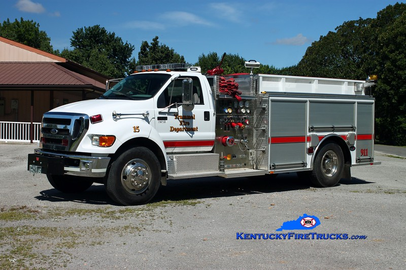 <center> Trammel  Engine 15 <br> 2008 Ford F-750/Bluegrass 1250/1000 <br> Kent Parrish photo <br> </center>