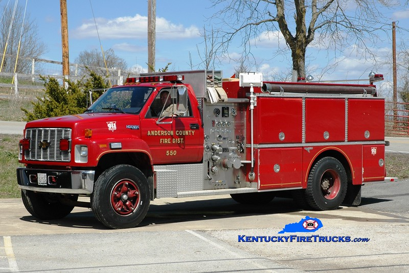 <center> RETIRED <br> Anderson County  Engine 55 <br> 1992 Chevy Kodiak/Grumman 1000/1000  <br> Greg Stapleton photo </center>