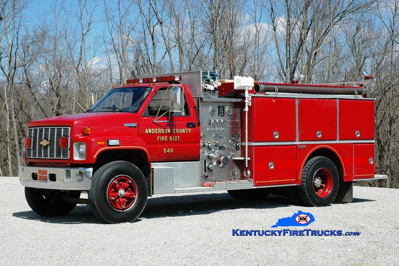 <center> Anderson County  Engine 54 <br> 1992 Chevy Kodiak/Grumman 1000/1000  <br> Greg Stapleton photo </center>