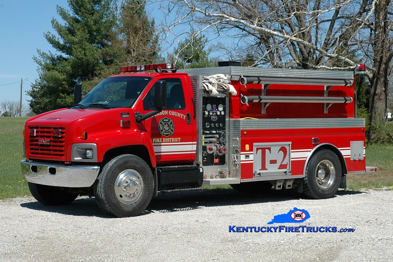 <center> Anderson County  Tanker 2 <br> 2006 GMC C8500/Wynn 500/2000 <br> Greg Stapleton photo </center>