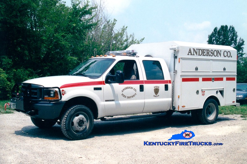 <center> Anderson County  Rescue 1 <br> 1999 Ford F-350 4x4/UST  <br> Greg Stapleton photo </center>