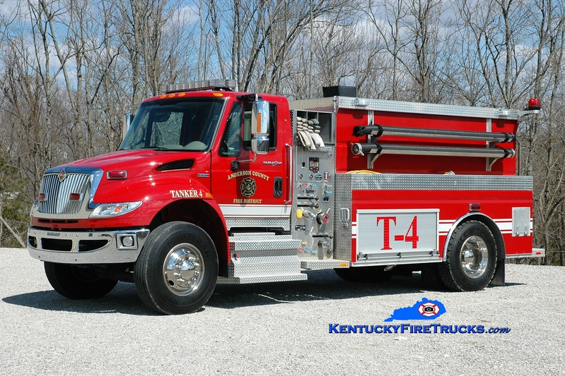 <center> Anderson County  Tanker 4 <br> 2009 International 4400/Wynn 500/2000  <br> Greg Stapleton photo </center>