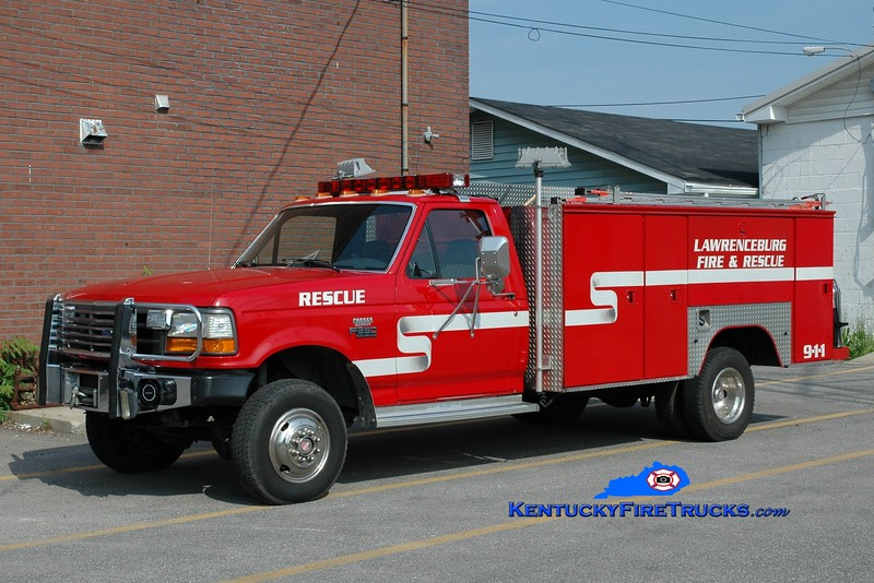 <center> RETIRED <br> Lawrenceburg  Rescue 1 <br> 1992 Ford F-350 4x4/Knapheide  <br> Greg Stapleton photo </center>