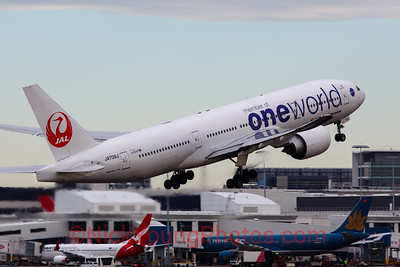 "Japan Airlines Boeing 777-200ER ""Oneworld"""