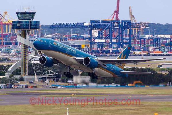 Vietnam Airlines Boeing 777-200ER