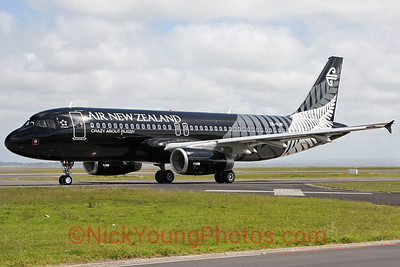 Air New Zealand Airbus A320 - All Blacks