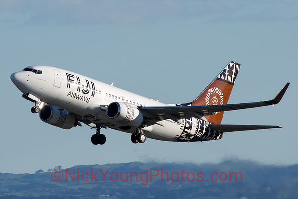 Fiji Airways Boeing 737-700