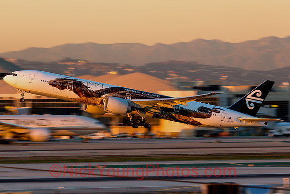 "Air New Zealand Boeing 777-300ER ""Smaug"""