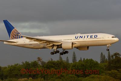 United Boeing 777-200ER