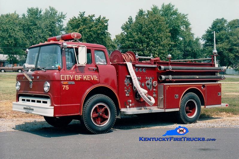 <center> Kevil City  Engine 75 <br> 1972 Ford C/American LaFrance 750/500 <br> Greg Stapleton photo </center>