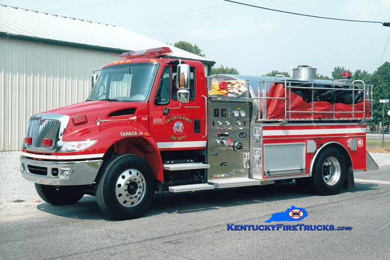 <center> La Center Rural Tanker 14 <br> 2006 International 4400/Bluegrass 500/1800 <br> Greg Stapleton photo </center>