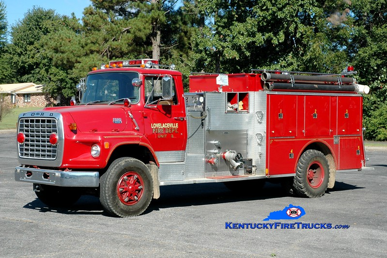 <center> Lovelaceville  Engine 3 <br> x-Concord, KY <br> 1983 Ford LS/Quality 1000/1350 <br> Greg Stapleton photo </center>