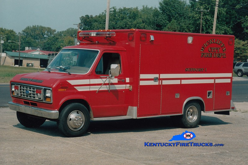 <center> Wickliffe City  Support 1 <br> 1989 Ford E-350/Collins <br> Greg Stapleton photo </center>