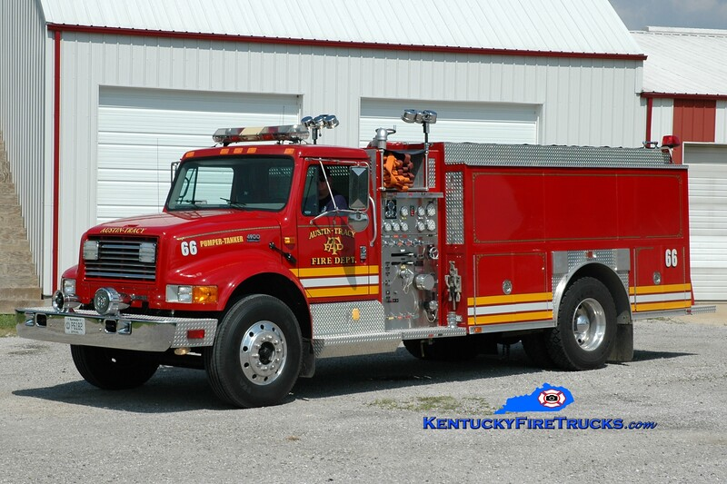 <center> Austin-Tracy  Pumper-Tanker 66 <br> 1995 International 4900/Precision 500/1800 <br> Greg Stapleton photo <br> </center>