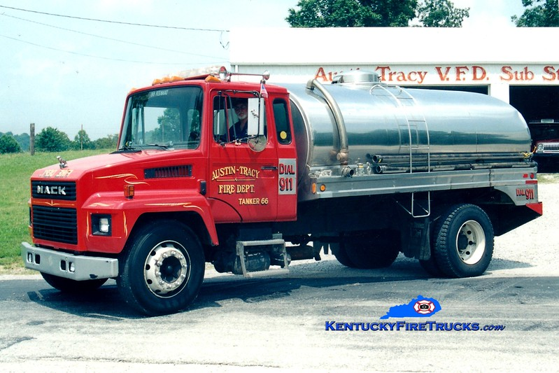<center> RETIRED <br> Austin-Tracy  Tanker 66 <br> 1989 Mack CF/Bluegrass 0/2400 <br> Greg Stapleton photo <br> </center>