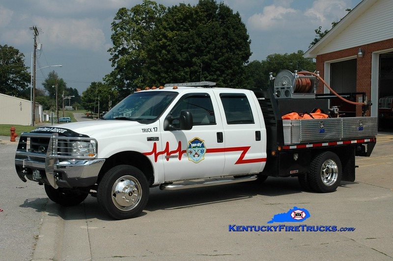 Cave City  Truck 18 <br /> x-Truck 17<br /> 2004 Ford F-450 4x4/Reading 250/250<br /> Greg Stapleton photo