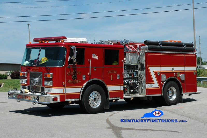 <center> Glasgow Engine 1 <br> x-Whitley City, KY  <br> 2003 Pierce Contender 1500/1000 <br> Greg Stapleton photo </center>