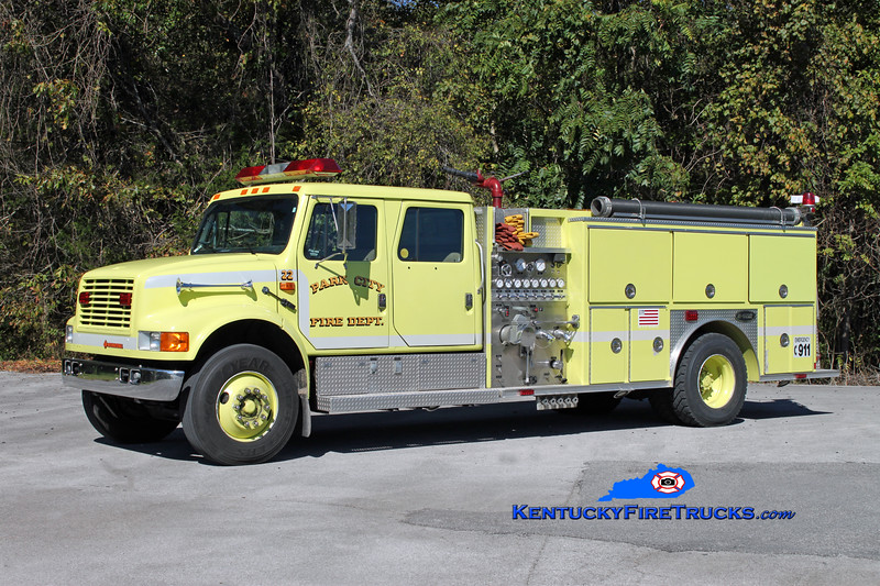 <center> RETIRED <br> Park City  Engine 22 <br> 1992 International 4900/E-One 1250/1000 <br> Kent Parrish photo </center>