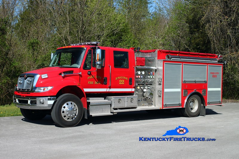<center> Park City Engine 22 <br> 2012 International 4400/Southern Fire 1500/1000 <br> Kent Parrish photo </center>