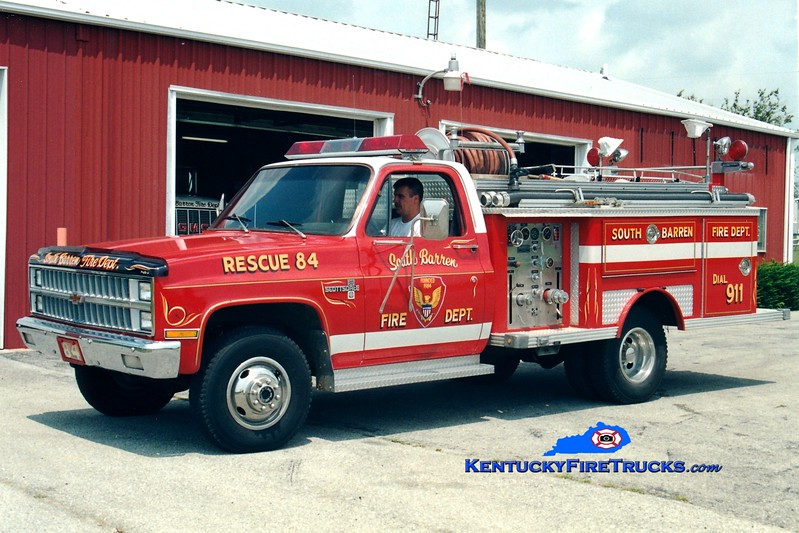 <center> RETIRED <br> South Barren  Rescue 84 <br> x-Hilton Head Island, SC <br> 1981 Chevy 4x4/E-One 250/250 <br> Greg Stapleton photo </center>