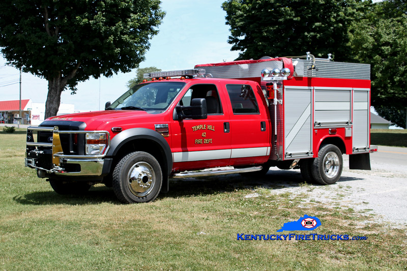 <center> Temple Hill  Rescue 42 <br> 2007 Ford F-550 4x4/Fouts Bros 250/250 <br> Kent Parrish photo </center>