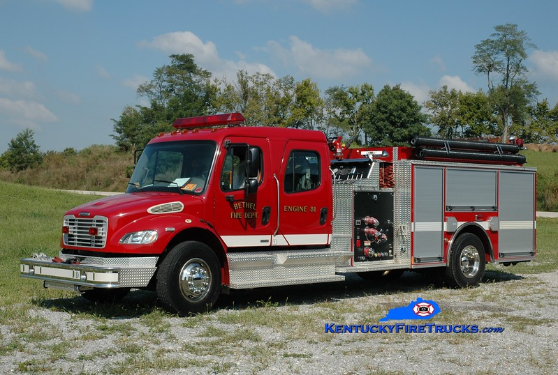 <center> Bethel  Engine 81 <br> 2004 Freightliner M2-106/Pierce 1250/1000 <br> Greg Stapleton photo </center>