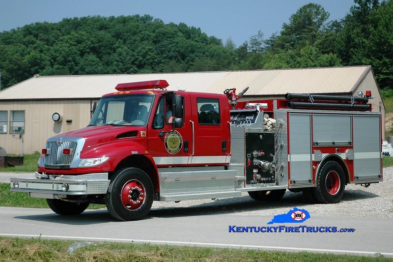 <center> Olympian Springs  Engine 1 <br> 2005 International 4400/Pierce 1250/1000  <br> Greg Stapleton photo </center>