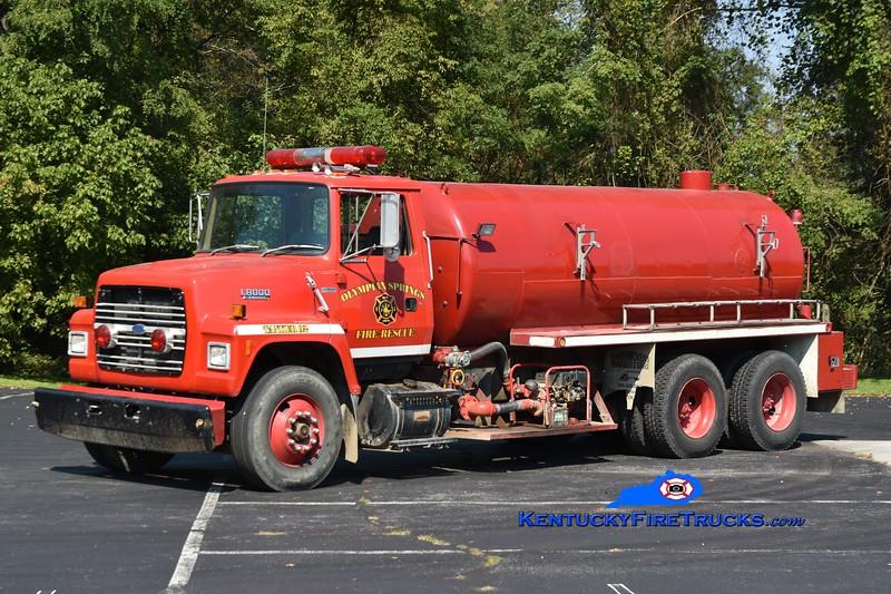 Olympian Springs Tanker 92<br /> 1990 Ford L8000/Omco 250/3200<br /> Greg Stapleton photo