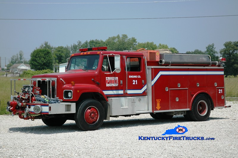 <center> Preston  Engine 21 <br> x-Lexington, KY <br> 1986 International S/SPI 1000/1000 <br> Greg Stapleton photo </center>