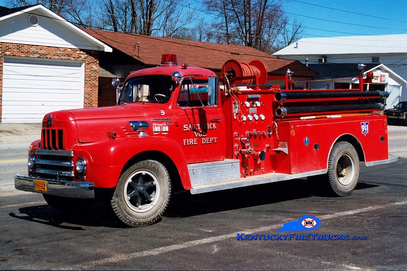 <center> RETIRED <br> Salt Lick  Engine 3 <br> x-US Navy <br> 1968 International R/General  750/300 <br> Greg Stapleton photo </center>