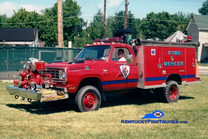 <center> RETIRED <br> Salt Lick  Engine 2 <br> 1975 Dodge/Saulsbury 500/200  <br> Greg Stapleton photo </center>