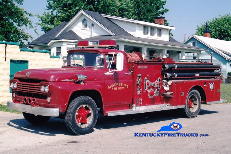 <center> Sharpsburg  Antique   <br> 1960 Ford/American LaFrance 500/500 <br> Greg Stapleton photo </center>