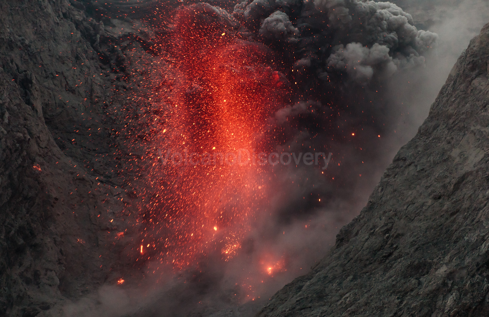 Thousands of lava bombs