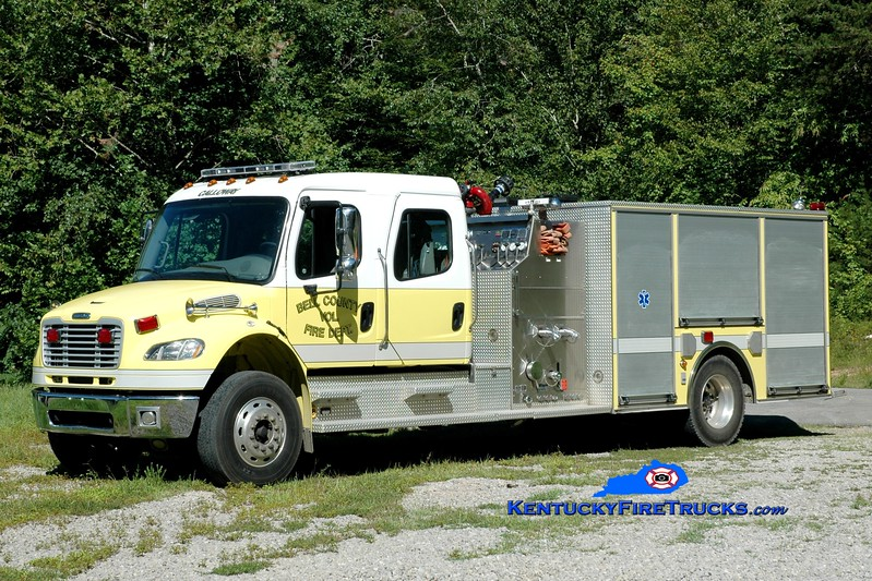 <center> Bell County Pumper 7  <br> 2004 Freightliner M2-106/American LaFrance 1250/1000 <br> Greg Stapleton photo </center>