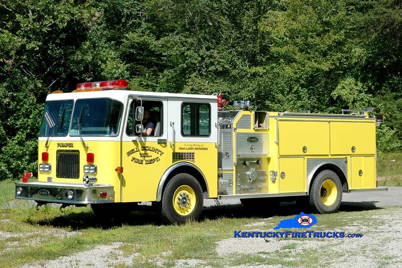 <center> Bell County Pumper 2  <br> x-Richmond, MA <br> 1993 Spartan/E-One 1250/1000 <br> Greg Stapleton photo </center>