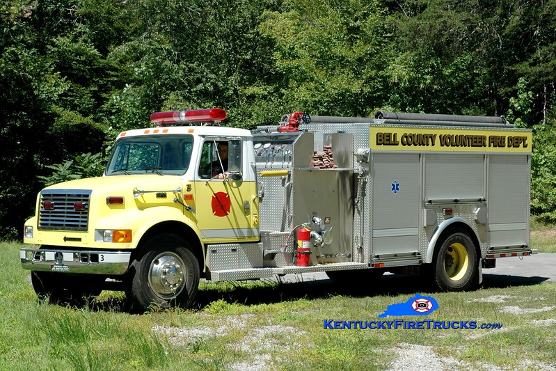 <center> Bell County Pumper 3  <br> 1999 International 4900/E-One/Saulsbury 1250/1000 <br> Greg Stapleton photo </center>
