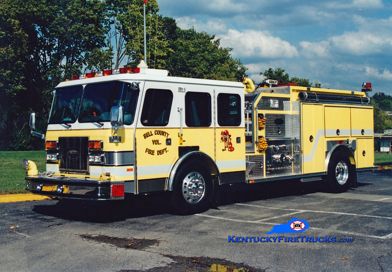 <center> RETIRED <br> Bell County Pumper 10  <br> 1993 E-One Cyclone TC 1250/1250 <br> Greg Stapleton photo </center>