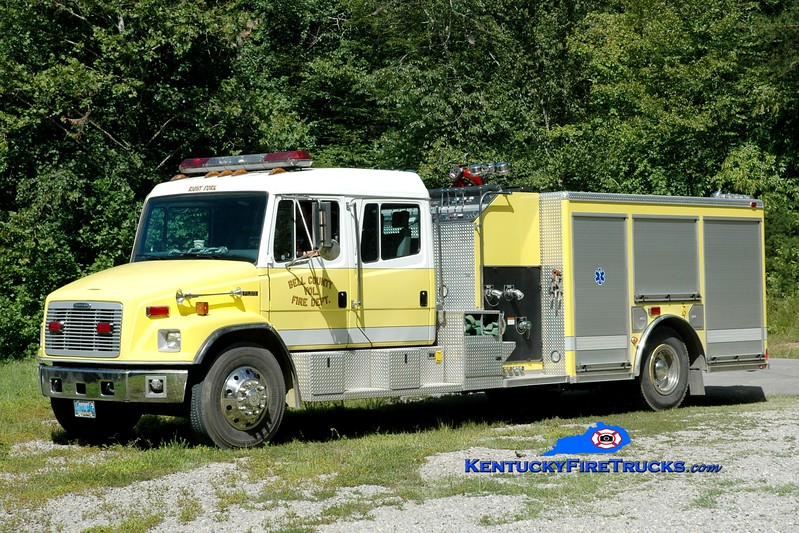 <center> Bell County Pumper 5  <br> 2001 Freightliner FL80/American LaFrance 1250/1000 <br> Greg Stapleton photo </center>