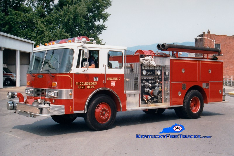 <center> Middlesboro  Engine 7  <br> 1990 Pierce Dash 1250/750 <br> Greg Stapleton photo </center>