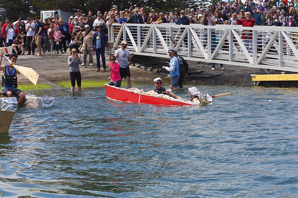 BB-FF-190504-0119<br /> Adult Boat Building & Race