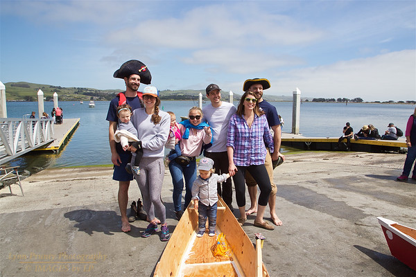BB-FF-190504-0143<br /> Adult Boat Building & Race