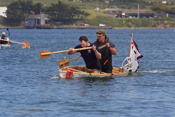 BB-FF-190504-0138<br /> Adult Boat Building & Race