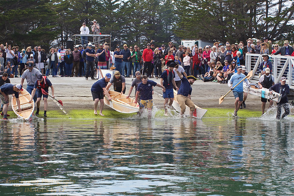 BB-FF-190504-0134<br /> Adult Boat Building & Race