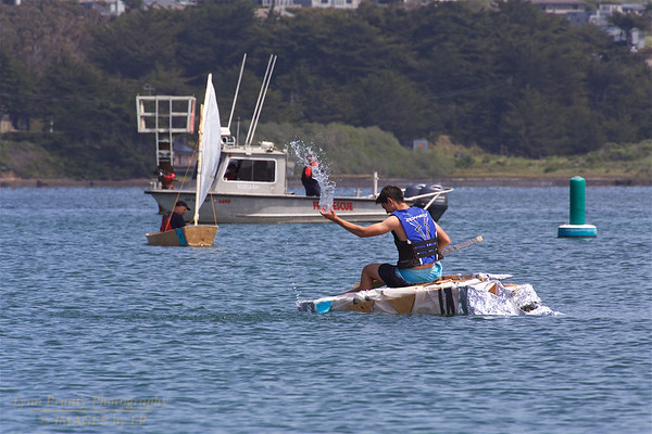 BB-FF-190504-0130<br /> Adult Boat Building & Race