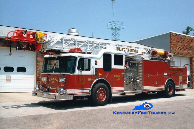 <center> RETIRED <br> Burlington  Truck 710 <br> 1992 Seagrave LP 1500/250/100' <br> Greg Stapleton photo </center>